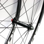 R17 front hub design and colour